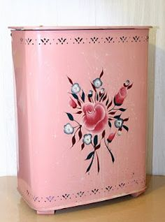 I think my grandma had a clothes hamper like this