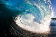 ridiculous. tasmanian surf by stuart gibson.