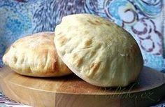 Ta`amiyya (falafel) z cukinią i chlebki pitta Pitta, Falafel, Zucchini, Bread Rolls, Cooker, Side Dishes, Food And Drink, Lunch, Homemade