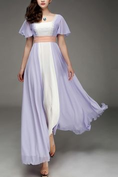 This looks just like the dress off of the titanic !!  lol