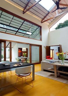 Vibrant home abounding in light and color: Library House in India
