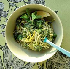 Noodles al pesto caipiroska - Cucina Naturale