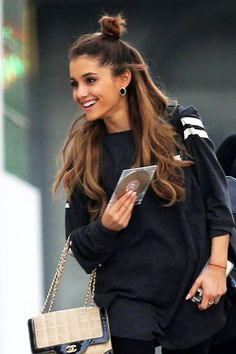 17 Le Fashion Blog 19 Ways To Wear A Half Up Top Knot Bun Ariana Grande Long Hair Airport Style photo 17-Le-Fashion-Blog-19-Ways-To-Wear-A-Half-Up-Top-Knot-Bun-Ariana-Grande-Long-Hair-Airport-Style.jpg