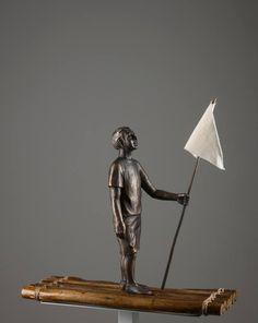 logo ali, 2014 | bronze, madeira, tecido e corda | 49 x 19 x 50 cm |foto Romulo Fialdini
