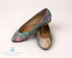 bunny bleu shoes. the more I look at these the more I want a pair.