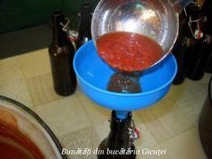 Suc de rosii - Bunătăți din bucătăria Gicuței Margarita, Tableware, Glass, Canning, Banana, Dinnerware, Drinkware, Tablewares, Corning Glass