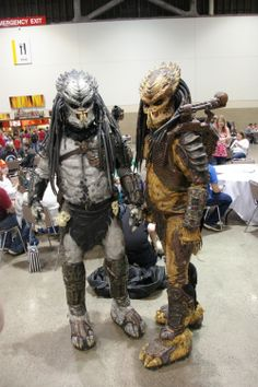 Predator costumes. Wow. These guys made these by themselves! They had lights that blinked and everything. Creative Cosplay Planet ComiCon (PCC) ... & Predator Costume for my 10yr old Daughter - Con photos! | For J and ...