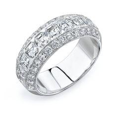Gorgeous Diamond ring/band