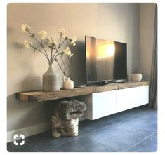 Room Design with tv tv stands Wohnzimmer / Speicher / 750 × 729 Pixel - Wohnaccessoires Design Living Room, Living Room Storage, Living Room Tv, Living Room Interior, Home And Living, Modern Living, Tv Stand Ideas For Living Room, Modern Tv, Minimalist Living