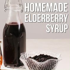 If you want to know how to make elderberry syrup, the step-by-step process outlined in this recipe is simple. Healthy Meals To Cook, Healthy Recipes, Elderberry Syrup, Elderberry Recipes, Post Workout Smoothie, Best Cocktail Recipes, Organic Recipes, Going Vegetarian, Vegetarian Breakfast