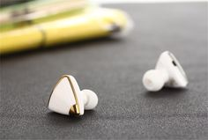 Baoer Universal Super Mini Triangle Bluetooth Wireless in Ear Headphone Headset Earbud ,Color:Black+Golden