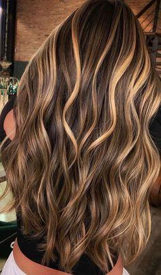 Brown Hair Balayage, Blonde Hair With Highlights, Brown Blonde Hair, Balayage Brunette, Hair Color Balayage, Blonde Honey, Bayalage Light Brown Hair, Balayage Vs Highlights, Blonde Highlights On Brown Hair