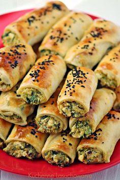 Przekąski 'do ręki' sprawdzają się idealnie na wszystkie okazję i każdy inny dzień. Reguła ta za każdym razem, przynajmniej u mnie w do... Vegan Recipes, Snack Recipes, Cooking Recipes, My Favorite Food, Favorite Recipes, Healthy Breakfast Snacks, Good Food, Yummy Food, Turkish Recipes