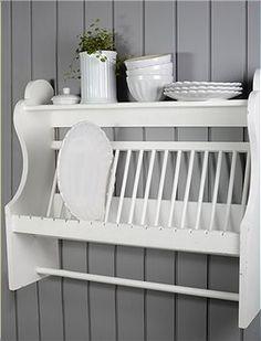 Tellerregal Super Regal für Teller und ein paar Tassen, Handtücher und Küchenzubehör können mit ein paar zusätzlichen Haken an die Stange ge...