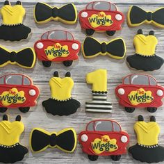"Cookies By O on Instagram: ""🚘Wiggles theme first birthday🚘 . . . #cookiesbyo #torontocookies #cookier #gtacookies #royalicingcookies #royalicing #sugarcookies #cookies…"" Wiggles Birthday, Wiggles Party, The Wiggles, First Birthday Party Themes, Birthday Party Decorations, Birthday Ideas, Baby Girl Birthday, Sons Birthday, Emma Wiggle"