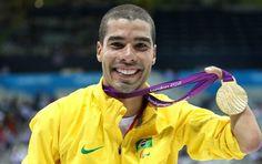 Daniel Dias - medalha de ouro e recorde mundial - 50m costas paralimpíadas (Foto: Getty Images)