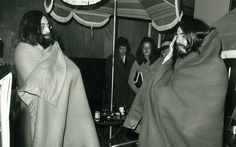 John Lennon and George Harrison swaddled in blankets backstage at Isle of Wight Festival 1969 John Lennon 1969, Good Music, My Music, Football Music, Bill Wyman, Isle Of Wight Festival, All My Loving, Photo Souvenir, Les Beatles