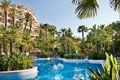 Melhor Business Hotel e Melhor Conference Hotel (Ria Park, #almancil)  prémio atribuído pelos #worldtravelawards.