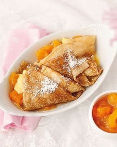 Rezeptideen Wiener Zucker Crepes, French Toast, Deserts, Breakfast, Food, Cooking Recipes, Sugar, Vanilla Cream, Eat Lunch