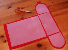 What a great idea for adding stiffness to a purse or bag: Plastic canvas