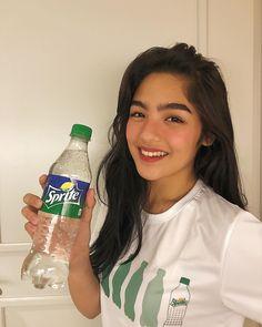 Filipina Girls, Filipina Beauty, Cute Makeup, Cute Wallpapers, Beauty Hacks, Bottle, Easy, How To Make, Nct 127