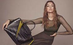 いま最も話題のモデル、ジジが「マックスマーラ」最新広告キャンペーンに登場!