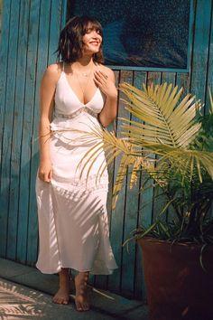 Daisy Lace Insert Maxi Dress