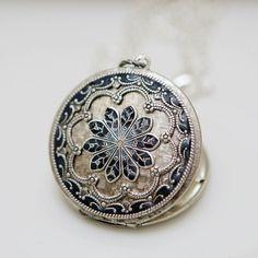 Locket, Silver Locket,Blue Locket,filigree locket necklace,photo locket , vintage locket,Wedding Necklace,bridesmaid necklace