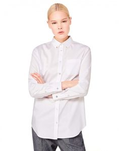 Compra Maxicamisa con cuello abotonado Blanco de Camisas Y Blusas en la tienda online oficial de United Colors of Benetton.