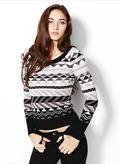Graphic Sweater - Garage