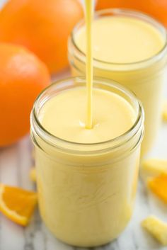 Orange Banana Smoothie - a refreshing taste of the tropics!