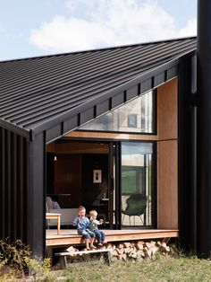 Love the way the living room opens right out onto the deck. I like the angles. The decks a bit small though isn't it?