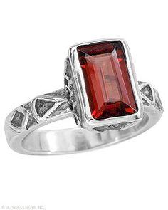 Garnet Silpada Ring Brand New- http://www.mysilpada.com/lori.hodder