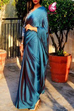 Indian Fashion Trends, Indian Designer Outfits, Korean Fashion, Beautiful Indian Actress, Beautiful Actresses, Mini Jeep, Long Indian Hair, Bridesmaid Saree, Plain Hoodies