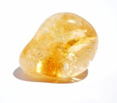 Citrine is sometimes used by healers to help with digestion as it is considered beneficial to the endocrine and digestive system - cleansing, purifying and eliminating poisons that have built up. Citrine is an excellent stone to calm and soothe distressed conditions. Some use it to help relieve depression, digestive problems (including constipation and diabetes). It will give joy and love to the owner.