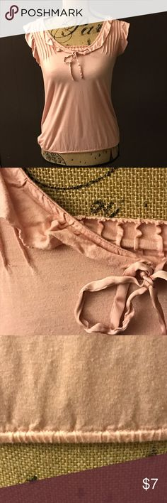 Gap tank top 🌸 Soft and comfy pink top. Ruffles on sleeve and elastic on waist. By Gap GAP Tops