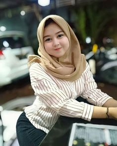 I want to make you mine💙 Hijabi Girl, Girl Hijab, Beautiful Hijab, Beautiful Asian Women, Fit Bit Charge 2, Watch Strap Replacement, Hijab Tutorial, Hijab Dress, Muslim Women