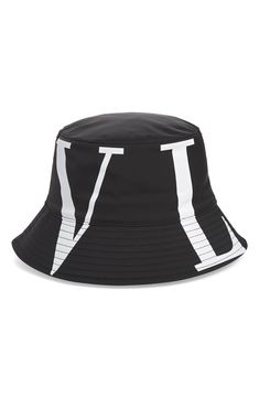 Valentino Garavani Garavani Logo-print Canvas Bucket Hat In Nr Bian Valentino Men, Valentino Garavani, Korean Fashion Dress, Gowns Of Elegance, Mens Fashion, Fashion Outfits, Hat Making, Shades Of Red, Hats For Men