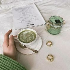 Mint Green Aesthetic, Aesthetic Colors, Aesthetic Food, Aesthetic Pictures, Green Theme, Green Colors, Colours, History Instagram, Green And Brown