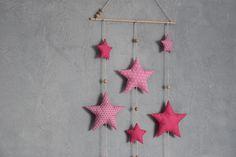 *SUR COMMANDE * AW-CREATIONS - Grand Mobile 8 étoiles en tissu et bois brut - Tons rose