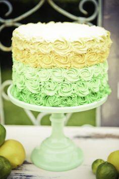 Pretty Yellow/green pastel cake #LaCrèmedelavachefête #LaCremeCowParty