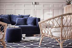 Ikea Stockholm 2017 – det är inte svårt att älska årets elegant trendiga kollektion med inspiration från den skandinaviska naturen med ljust trä, svala vatten och brinnande solnedgångar.