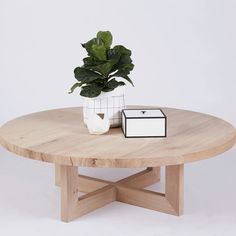 This modern and designer round oak coffee table is crafted from solid hardwood timber and is perfect for the contemporary Australian home.