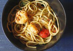 Spaghetti aglio-e-olio with shrimps - La Petit Chef
