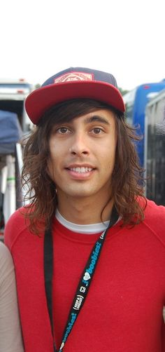 Out of all the pics I see of Vic, this one some how made me smile the biggest!   :D