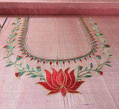 Diy Embroidery Patterns, Hand Work Embroidery, Machine Embroidery Designs, Simple Blouse Designs, Bridal Blouse Designs, Jewelry Design Drawing, Neckline Designs, Lotus Design, Designer Blouse Patterns