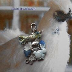 Bijou de sac shabby - porte clefs, grigri fantaisie - lapin - connecteur - fleurs - noeud - bleu,blanc,transparent,argenté