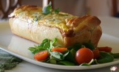 Un pastel de pollo y espinacas perfecto para una comida o cena rápida. Disfruta con esta receta!