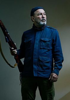 Dwight Headlines New Fear the Walking Dead Season 5 Character Portraits - Skybound Entertainment Walking Dead Season, Walking Dead Show, Walking Dead Tv Series, Fear The Walking Dead, The Walking Dead Wallpapers, Walking Dead Characters, Fictional Characters, The Walking Dead Merchandise, Grumpy Cat Humor