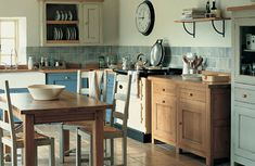 Freestanding country kitchen